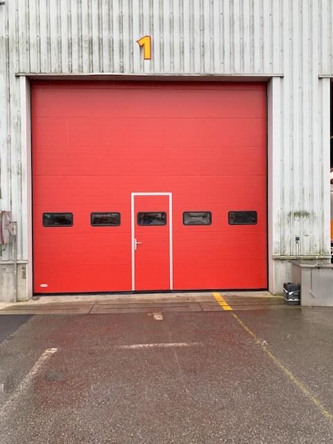 ABF Fermetures porte sectionnelle vitrée Noville